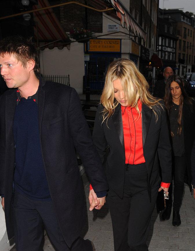 Photos : Kate Moss et Nikolai Von Bismarck à Londres, le 2 juin 2016