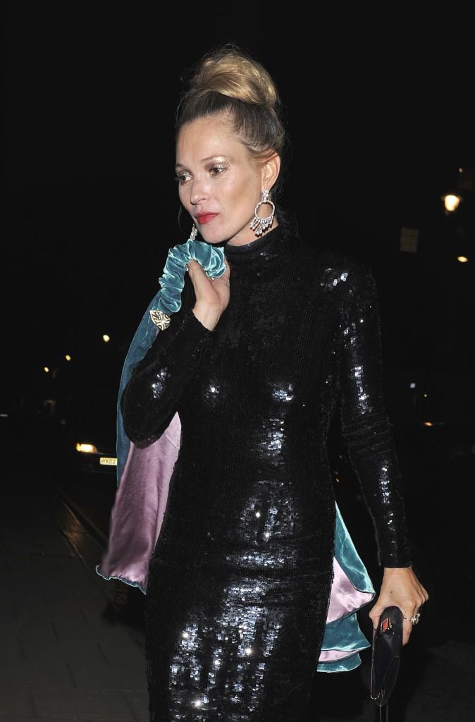 Kate Moss à Londres à la sortie du Claridge, le 15 septembre 2014.