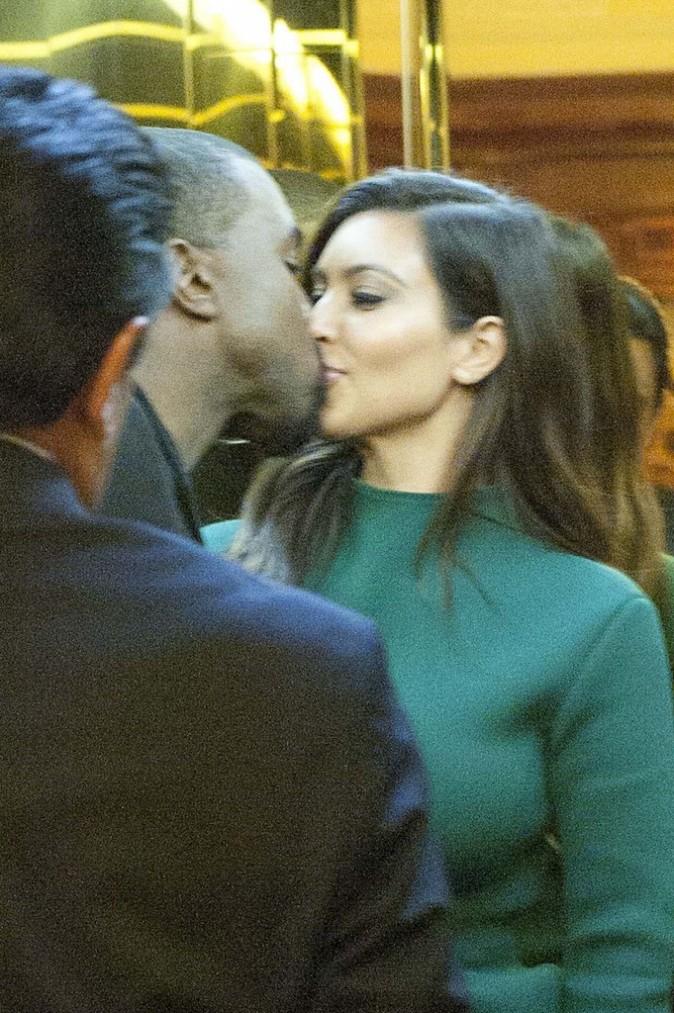 Kim Kardashian et Kanye West à Rome en amoureux, le 18 octobre 2012.