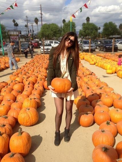 Kylie a trouvé la déco de sa chambre pour Halloween !