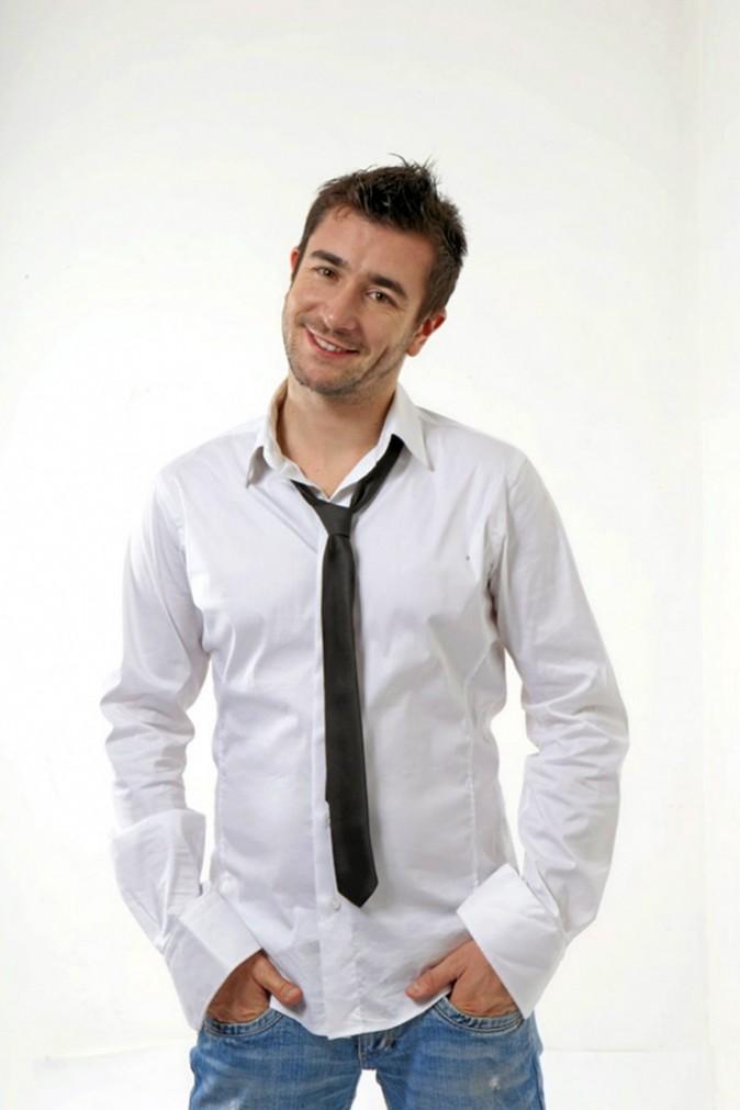 Mort de rire Anthony Joubert, l'humoriste qui monte, est au festival Arles en Rire