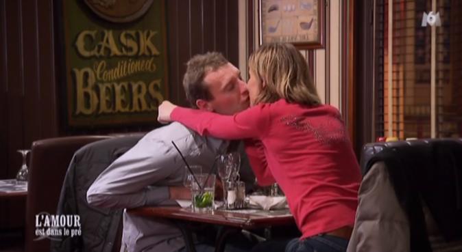 ... elle lui accorde cependant un baiser !