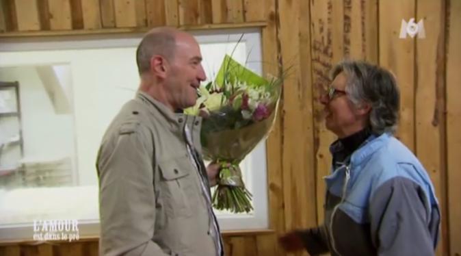 Tiens voilà Olivier et son bouquet!