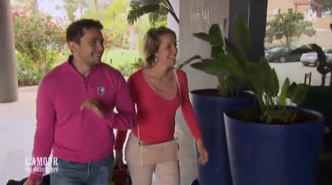 Claire et Adrien arrivent dans leur hôtel au Portugal !