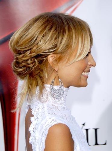 Toujours de superbes coiffures , on s'inspire !