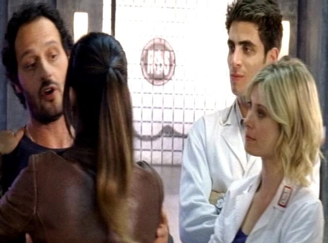 """-""""Merci Pauline pour la rencontre...Non ! Ne m'embrasse pas. Monica l'a fait avant !"""""""
