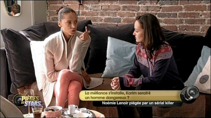 Assma : Alors, comment tu le trouves ? Noémie Lenoir : Ce mec est très beau, mais il doit avoir un problème ! Soit il est bipolaire, soit il pren...
