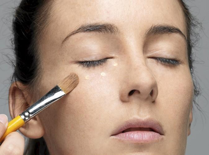 Etape 1 du make up ballerine : Cernes floutés