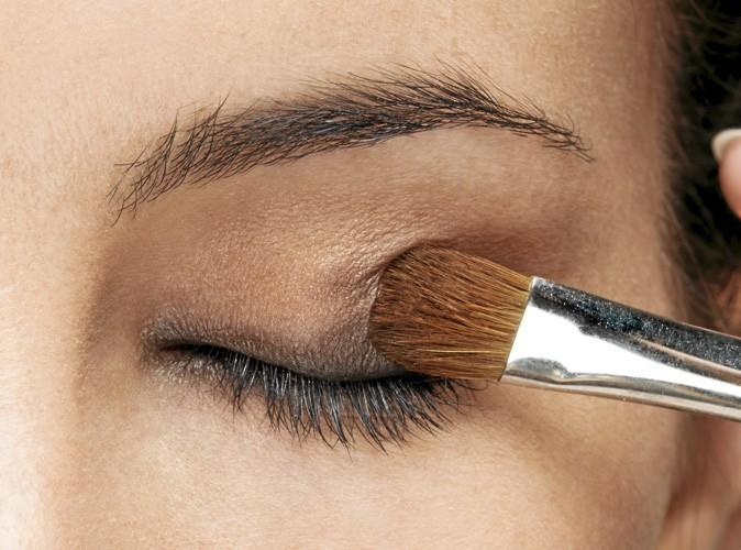 Etape 3 du make up ballerine : Paupières ambrées