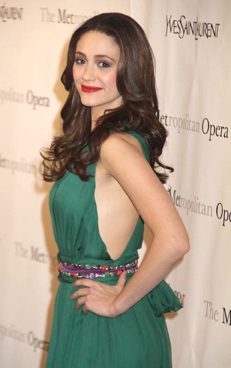 Emmy Rossum lors de la première de l'opéra de Rossini, Le Comte Ory, au Metropolitan Opera House à New York, le 24 mars 2011.