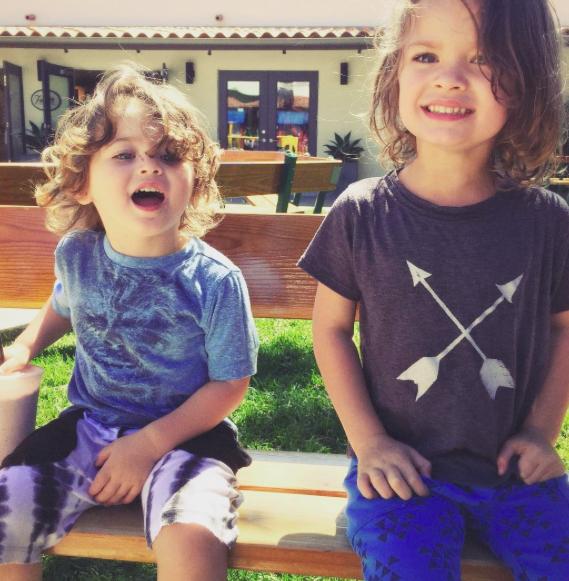 Bodhi, 2 ans et Noah, 4 ans