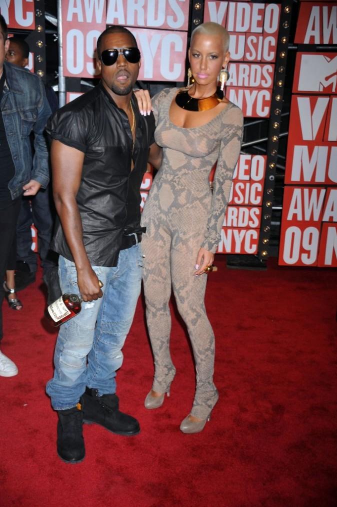 VMA 2009:  Duo de choc pas très stylé !