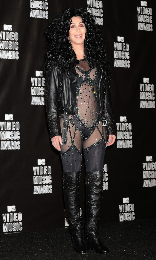 VMA 2010:  Cher, come back raté !