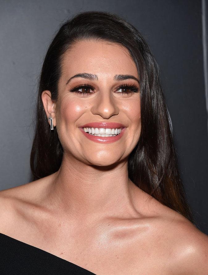 Lea Michele affiche un sourire radieux à la soirée Vanity Fair and Fiat