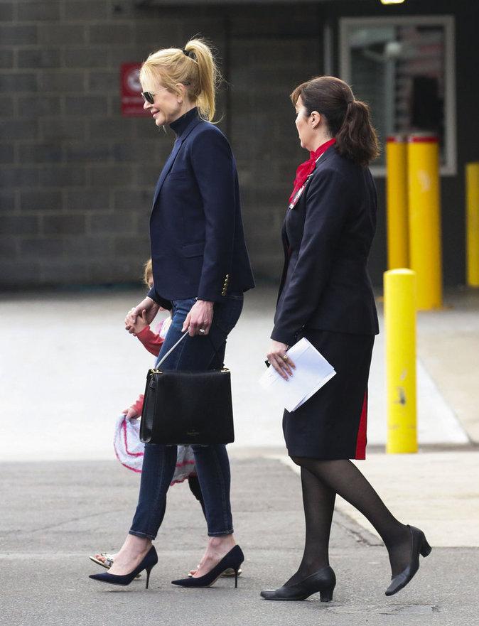 Nicole Kidman n'est pas passée inaperçue à l'aéroport de Sydney