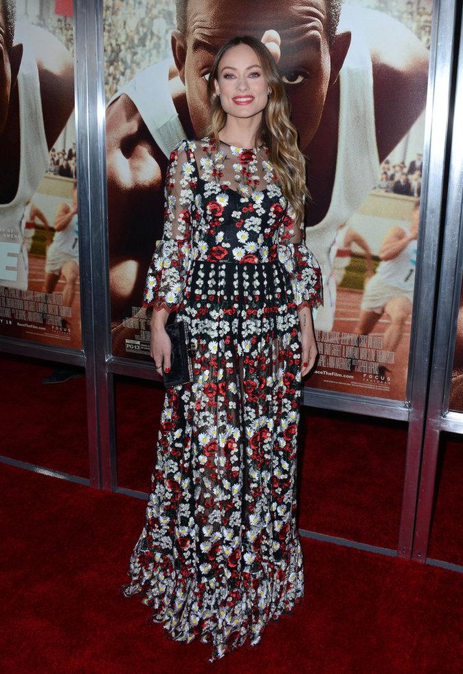 Olivia Wilde, sublime dans sa robe fleurie