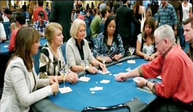 Jackpot pour le réalisateur de la série qui réunit les mamans et les acteurs au casino, dans le même épisode !
