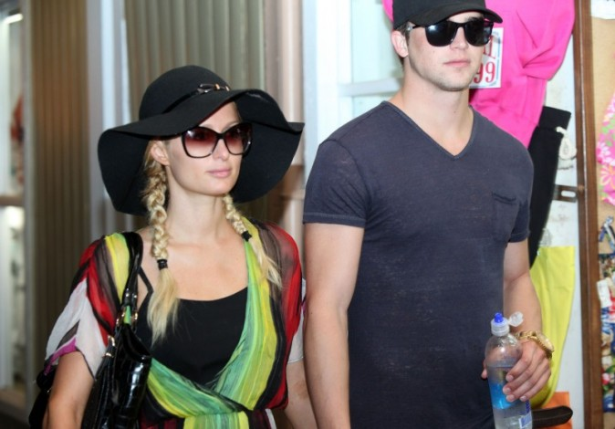 Paris Hilton et River Viiperi, Hawai, 26 septembre 2012.
