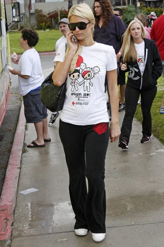 Paris Hilton lors du Tokidoki Relief Run For Japan à Santa Monica, le 27 mars 2011.
