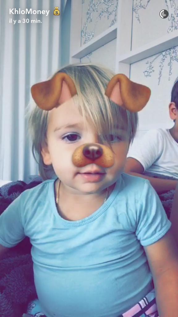 Khloe Kardashian s'éclate avec ses neveux