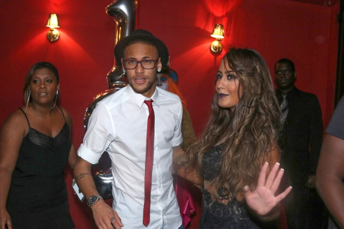 Neymar, ultra looké pour fêter l'anniversaire de sa soeur !