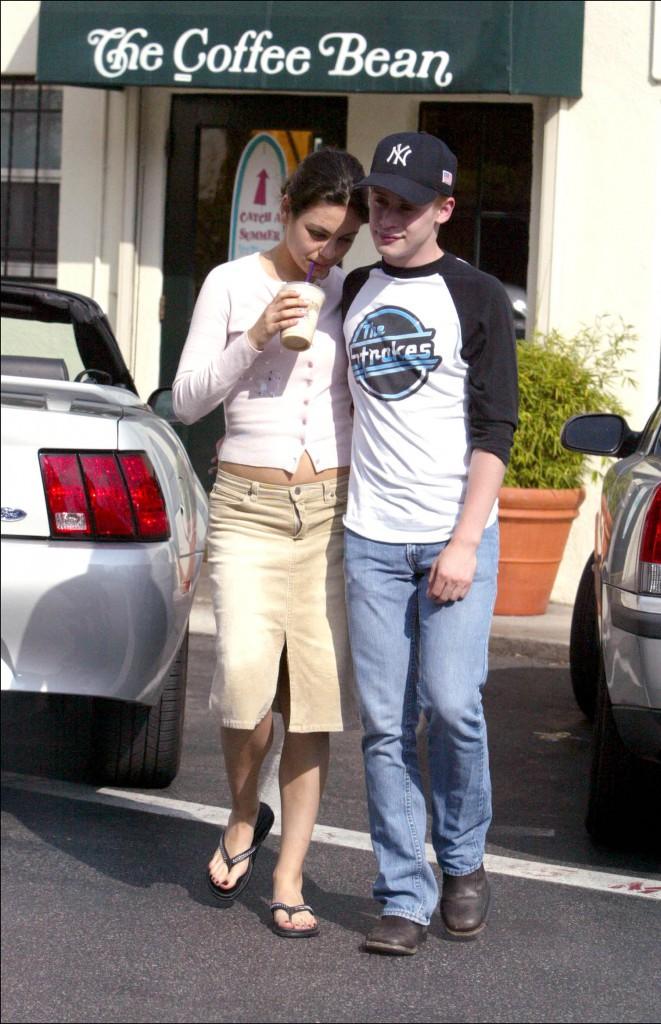 Ryan Gosling et Sandra Bullock, Matthew Perry et Julia Roberts, Mila Kunis et Macaulay Culkin... Ces couples qu'on avait oubli� !
