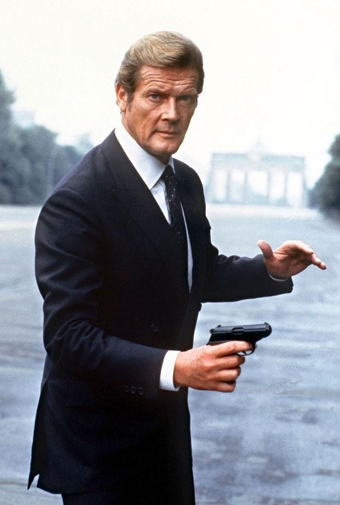 Photos : Roger Moore est James Bond dans Octopussy