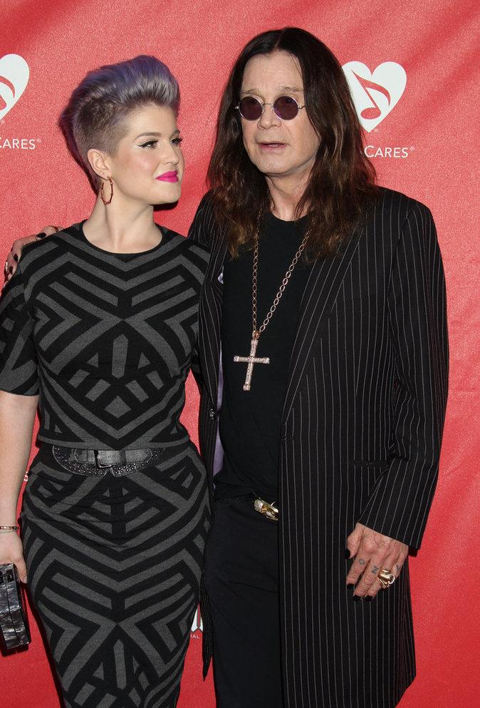 Photos : Ces 47 papas ont offert la célébrité en héritage à leurs enfants : Kelly Osbourne et Ozzy Osbourne