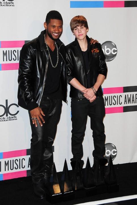 Usher a aussi chanté avec Justin.