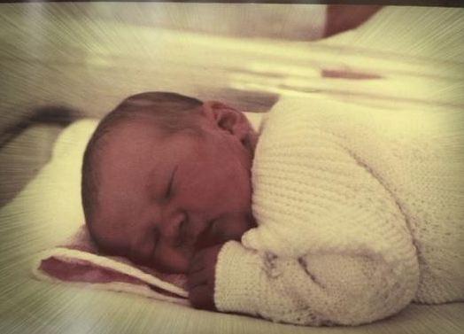 Lorie, quelques jours après sa naissance