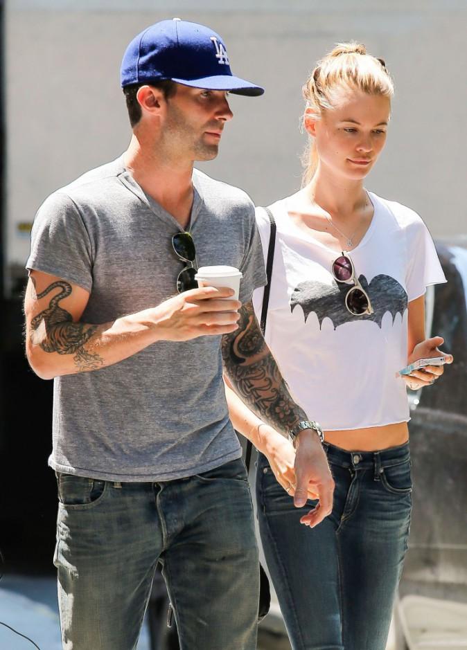 Adam Levine et Behati Prinsloo à New York, le 29 juillet 2013.