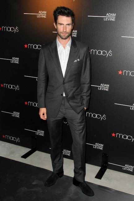 Adam Levine lors du lancement de son parfum à Los Angeles, le 6 février 2013.