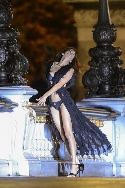 Shooting Victoria's Secret à Paris le 18 septembre 2013 avec Adriana Lima, Karlie Kloss...