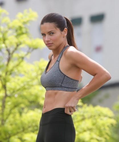 Adrianna Lima, New-York, 17 mai 2013.