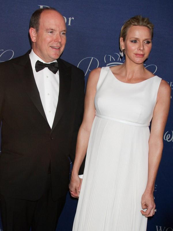La princesse Charlène de Monaco accouche de jumeaux