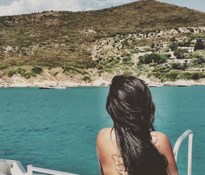 Photos : Akon, yacht et hélico... les vacances de luxe d'Amel Bent !