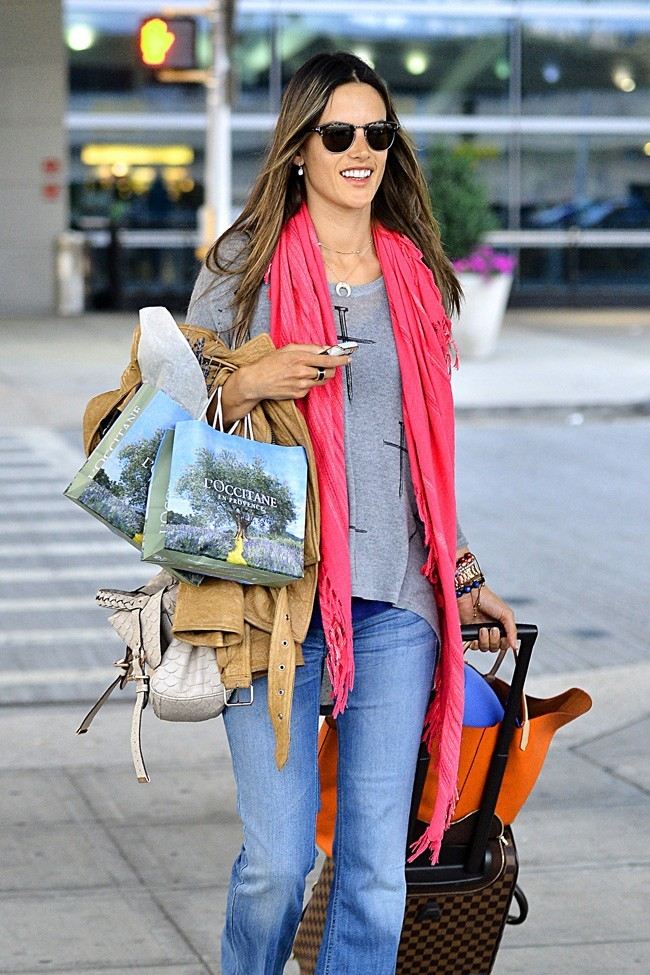 Alessandra Ambrosio le 16 juillet 2012 à New York