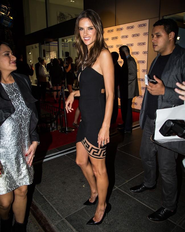 Alessandra Ambrosio à New-York le 28 octobre 2014