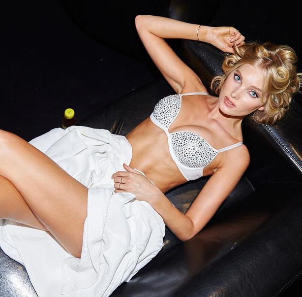 Elsa Hosk à Rome pour la campagne Victoria's Secret Holidays 2015