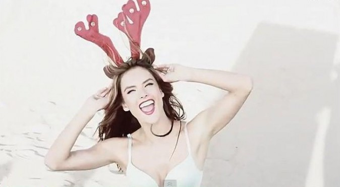 Alessandra Ambrosio en petit renne sexy pour LOVE Magazine