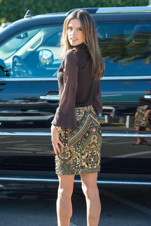Alessandra Ambrosio à Los Angeles le 8 décembre 2014