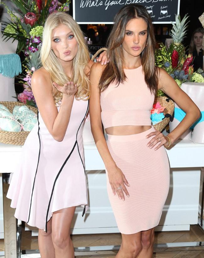 Alessandra Ambrosio et Elsa Hosk à New-York le 25 février 2015