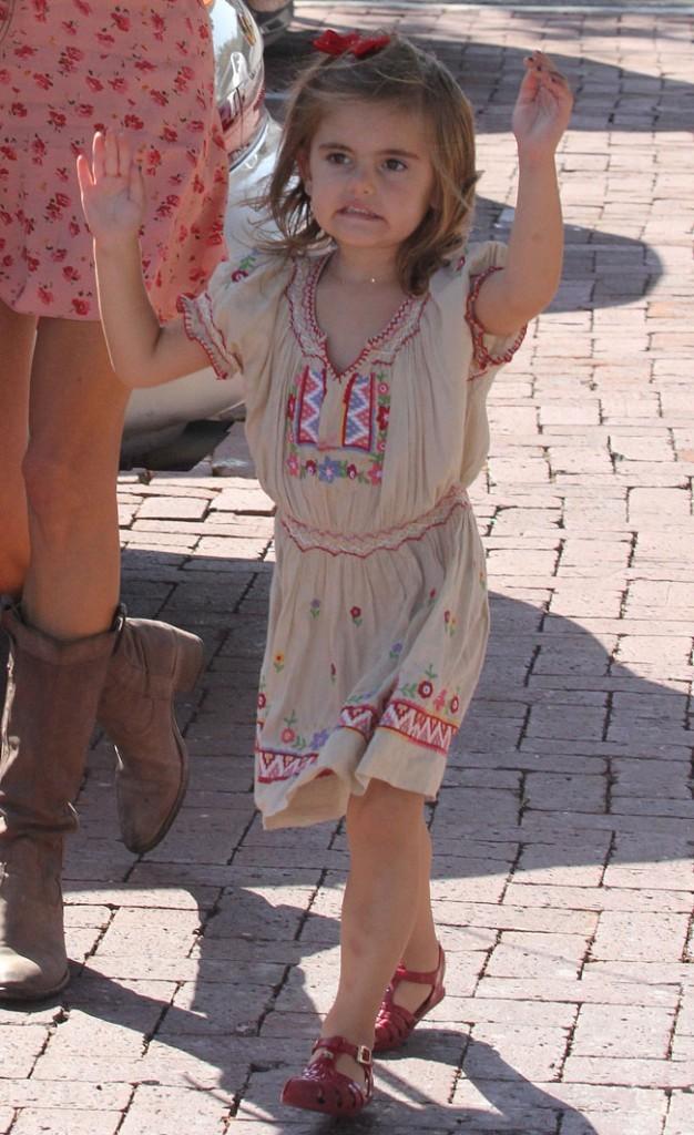 Anja, la fille d'Alessandra Ambrosio le 7 octobre 2012 à Malibu