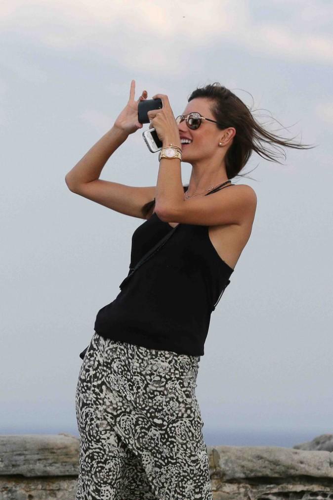 Alessandra Ambrosio : touriste romantique à Sydney !