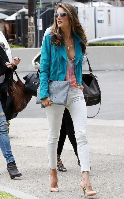Alessandra Ambrosio à Santa Monica, le 23 janvier 2013.