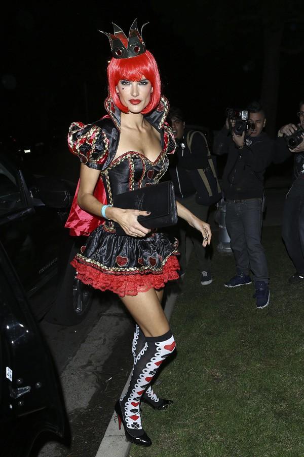 Alessandra Ambrosio à une soirée d'Halloween organisée à Beverly Hills le 25 octobre 2013