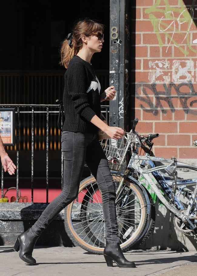 Alexa Chung le 24 septembre 2012 à New York