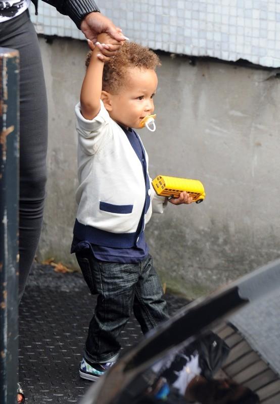 Egypt, le fils d'Alicia Keys à Londres, le 26 septembre 2012.