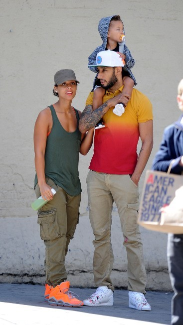 Alicia Keys en famille à New York, le 19 septembre 2012.
