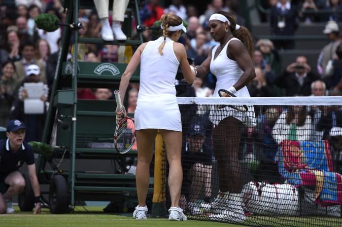 Alizé Cornet face à Serena Williams le 28 juin 2014 à Wimbledon